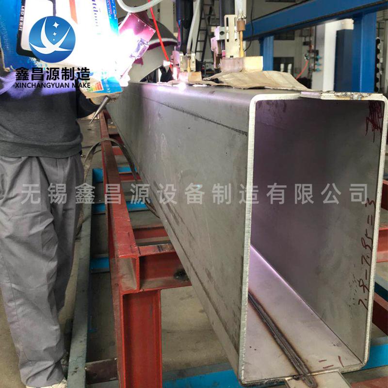 自动焊方管1.jpg